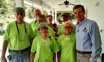 NOMADS Team with NC Governor Roy Cooper